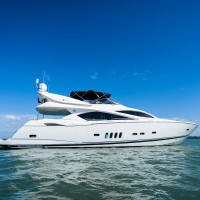 Sunseeker 82´ Luxury Yacht - Timeless Moments - Algarve Yacht Charter